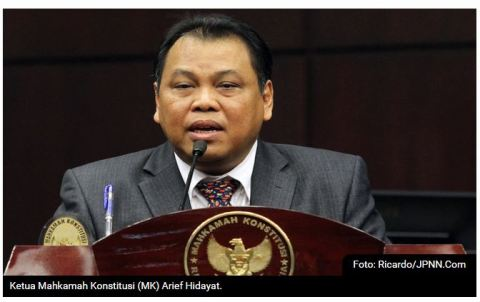 20 hasil sengketa pilkada diumumkan gugur oleh ketua MK Arief Hidayat pada hari senin 18 januari 2016