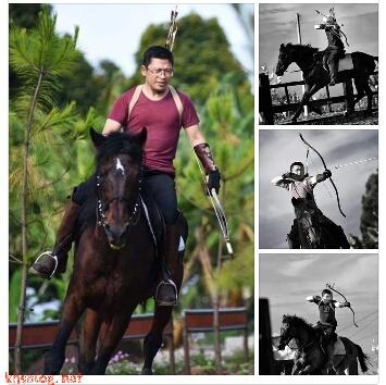 Aa Gym diatas kuda dan memanah di Daarut Tauhid Bandung