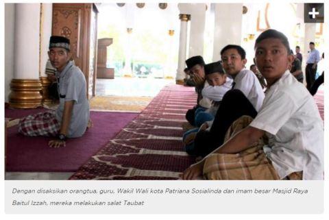 ABG alay guyonan sholat di jalanan asal kota bengkulu lakukan sholat taubat tahun 2016 di masjid baitul izzah