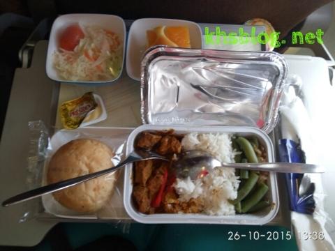 makanan di pesawat Garuda Indonesia dari Kuala Lumpur ke Jakarta tahun 2015