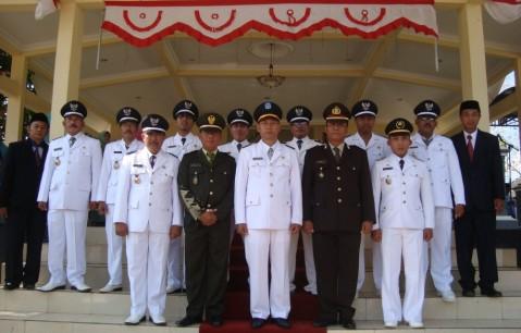 perangkat kecamatan brondong lamongan tahun 2016