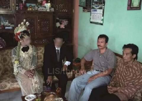 polisi menggagalkan pernikahan sejenis di desa teges wetan kecamatan kepil kab wonosobo maret 2016