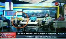 sumanto ketiduran di acara talkshow tv one 21 maret 2016 (1)