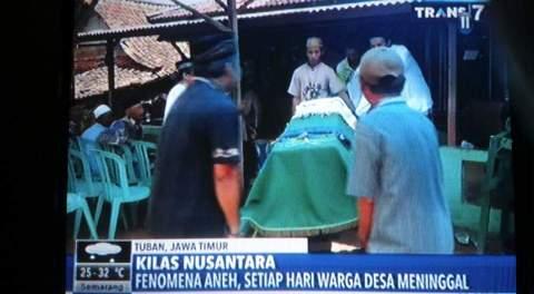 berita mati pagebluk di desa karanglo kec kerek kab tuban jawa timur april 2016