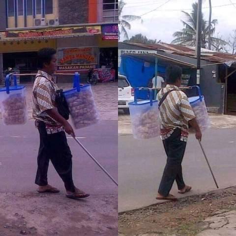 inspirasi penjual krupuk yang buta namun tetap bekerja mengais rejeki