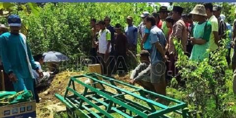 warga desa karanglo kerek tuban mati secara beruntun dalam 45 hari