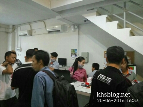 pengalaman blogger KHS belanja online Jakartanotebook toko surabaya Juni 2016
