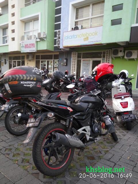 pengalaman blogger KHS belanja online Jakartanotebook toko surabaya Juni 2016~02