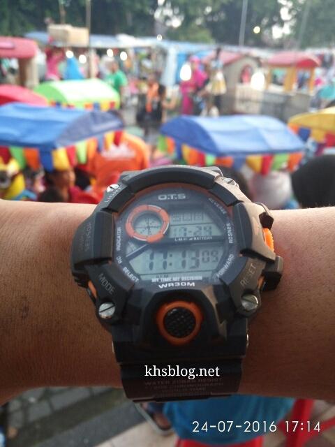 letak jam tangan menandakan karakter seseorang