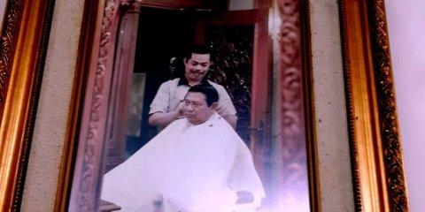 agus-dari-mencukur-rambut-gubernur-hingga-presiden-kisah-tukang-cukur-pejabat-6