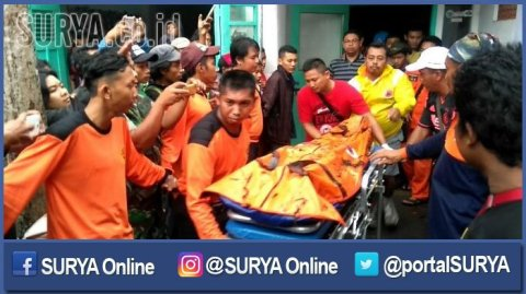 berita-pasuruan-basarnas-evakuasi-jenazah-pendaki_20161214_200648