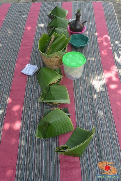 nasi-tempong-di-kampung-adat-osing-banyuwangi-tahun-2016-2