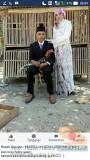 Hobi ayam, calon pengantin asal Sragen ini foto prewed di kandang Ayam…hehehe