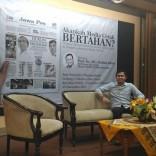 Kuliah Tamu di fisip unair 2017 bersama Dahlan Iskan dengan tema Akankah koran cetak bertahan (11)