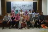 Kuliah Tamu di fisip unair 2017 bersama Dahlan Iskan dengan tema Akankah koran cetak bertahan (2)