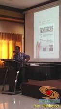 Kuliah Tamu di fisip unair 2017 bersama Dahlan Iskan dengan tema Akankah koran cetak bertahan (5)