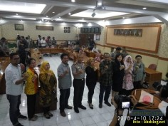 Sinau Humas bareng Polisi Se-Surabaya di FISIP Universitas Airlangga brosis. (1)