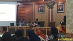 Sinau Humas bareng Polisi Se-Surabaya di FISIP Universitas Airlangga brosis. (4)