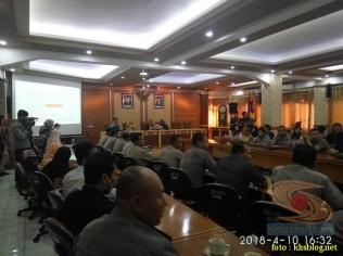 Sinau Humas bareng Polisi Se-Surabaya di FISIP Universitas Airlangga brosis. (8)