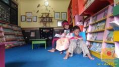 Liburan sekolah, saatnya berkunjung ke Pepustakaan Desa Rumah Pelangi, Suci, Gresik (3)