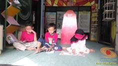 Liburan sekolah, saatnya berkunjung ke Pepustakaan Desa Rumah Pelangi, Suci, Gresik (7)