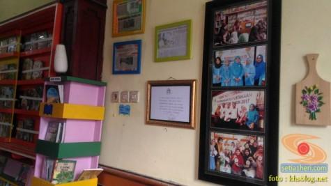 Liburan sekolah, saatnya berkunjung ke Pepustakaan Desa Rumah Pelangi, Suci, Gresik (8)