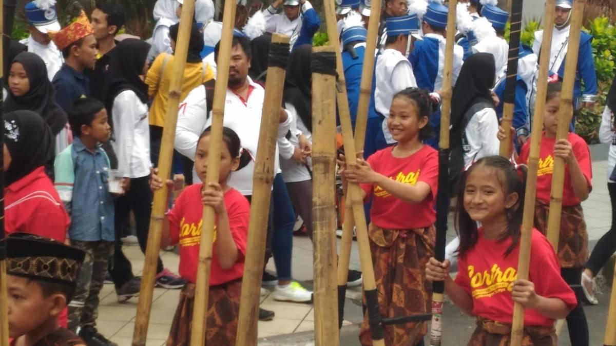 Serunya Karnaval di Surabaya